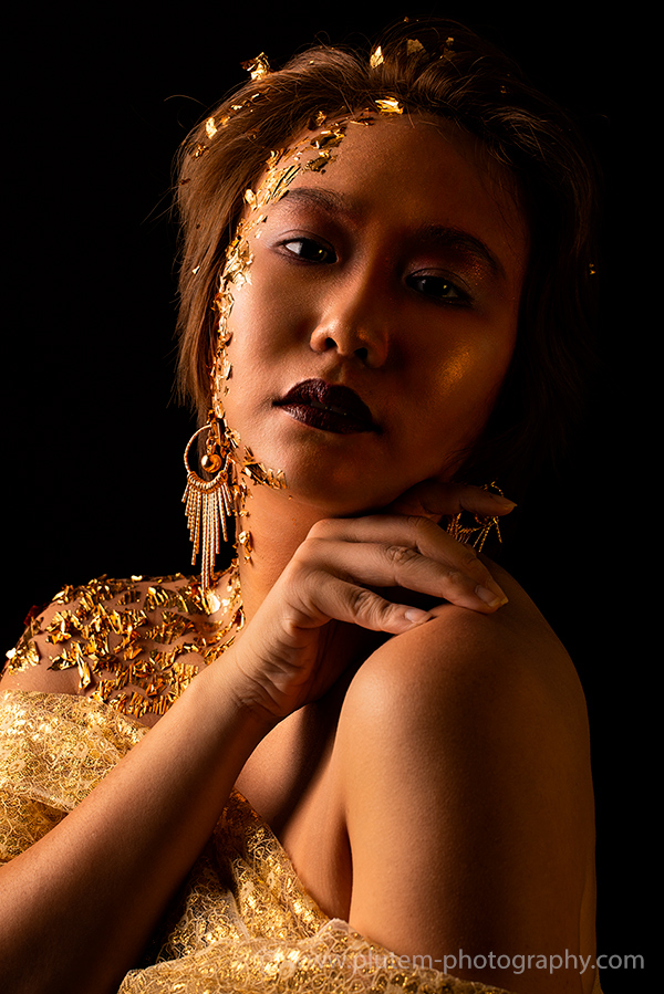 Sucharat-Tayarachakul-fb02-Plute-Moungplub-photographer